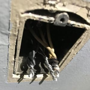 5 Things You Need to Do in Electrical Emergencies